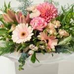 expressions-local-cambridge-hamilton-florist-delivery-pink-flower-box-bouquet