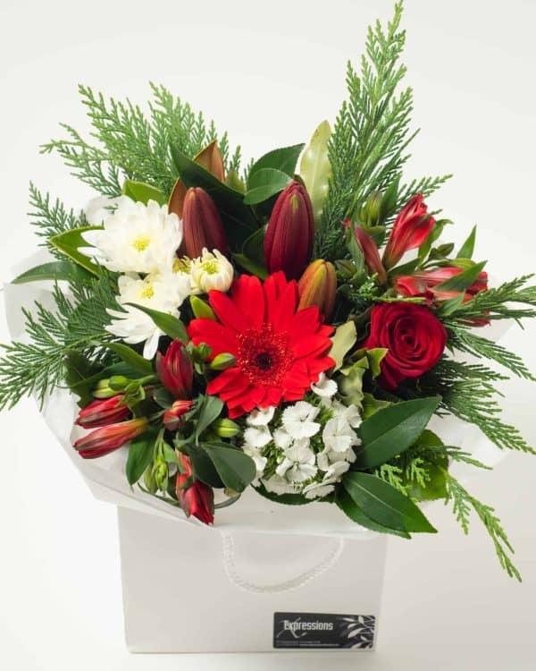 expressions-local-cambridge-hamilton-florist-delivery-red-flower-box-bouquet