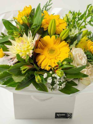 expressions-local-cambridge-hamilton-florist-delivery-yellow-flower-box-bouquet