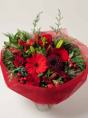 expressions-local-cambridge-hamilton-florist-delivery-red-posy-flower-bouquet