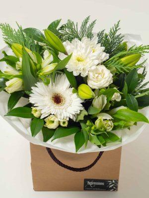 expressions-local-cambridge-hamilton-florist-delivery-vintage-white-flower-box-bouquet