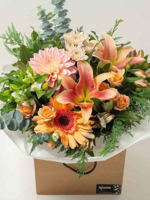 lg-expressions-local-cambridge-hamilton-florist-delivery-vintage-orange-flower-box-bouquet