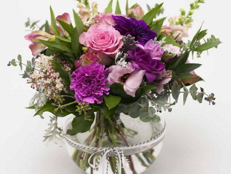 posy-in-vase-florist-hamilton-cambridge-expressions