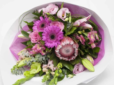 Long-Stemmed-White-Wrap-Pink-Flower-Bouquet-expressions