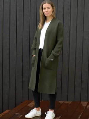 cardigan-olive-longliner-model-fashion-hello-friday-expressions