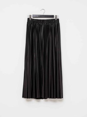 stella-gemma-skirt-SGSK307-margot-vegan-leather-black-expressions