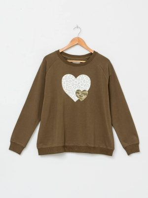 stella-gemma-SGTS3101-olive-heart-sweater-expressions