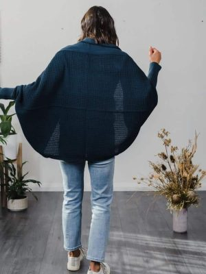 hello-friday-clothing-cardigan-cape-cocoon-peacock-expressions-1