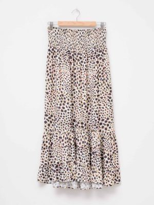 stella-gemma-brooklyn-skirt-cheetah-SGSK313-expressions