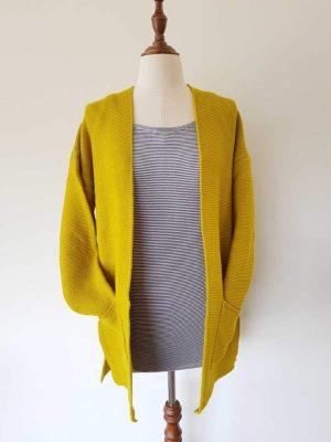 cardigan-shorty-citrine-model-fashion-hello-friday-expressions-clothing-1