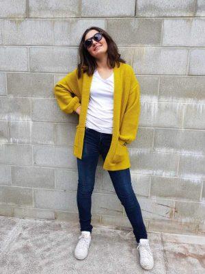 cardigan-shorty-citrine-model-fashion-hello-friday-expressions-clothing